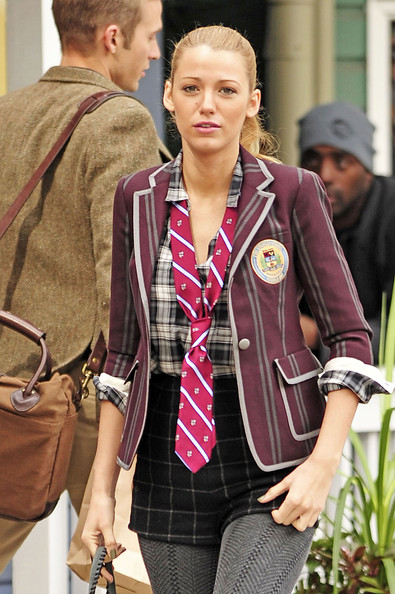College - Blake Lively (2)