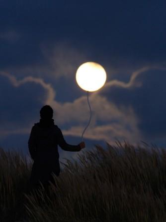 Palloncino luna.jpg