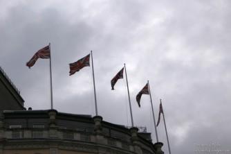 Le bandiere britanniche al vento
