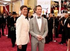 Neil Patrick Harris in Brunello Cucinelli e il marito David Burtka.
