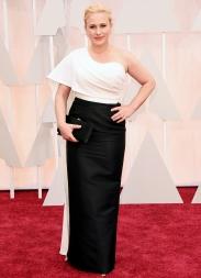 Patricia Arquette in Rosetta Getty. Non è il tipo di abito indimenticabile da red carpet, ma nel complesso lo promuovo.